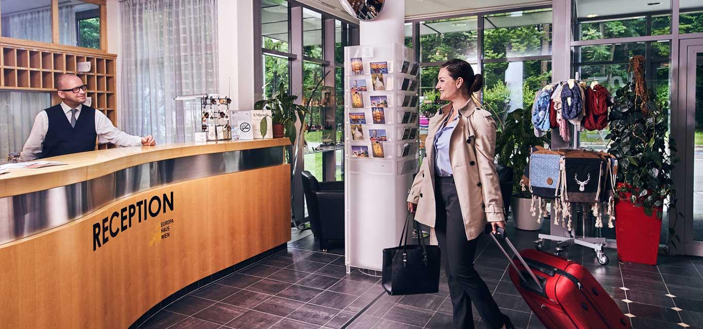 Hotel Rezeption Wien 1140